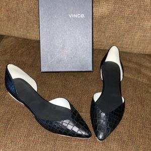 Vince Embossed leather flat